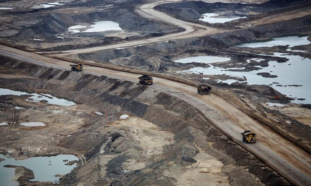 Tar sands mining operations near Calgary, Canada. From the start of April, RBS pulled all investment in such projects, but a bit too little too late for me. Photograph: Todd Korol/Reuters/Corbis
